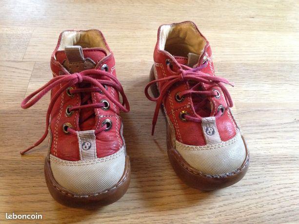 Chaussures MOD'8 - Enfant - Taille 23 - Boismorand - Chaussures de la marque Mod8. Dessus Cuir. En très bon état. Pointure 23. Ces chaussures ont été achetées dans un magasin spécialisé dans la vente de chaussures pour enfants. (plus de 60 euros) Possibilité d'envoi postal ou par point  - Boismorand