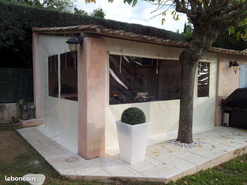 Baches fermeture de terrasse - cuisine d'été