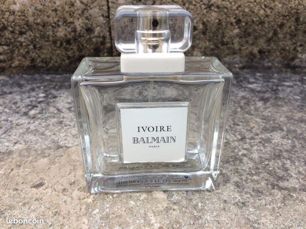 Bouteille de parfum vide / balmain