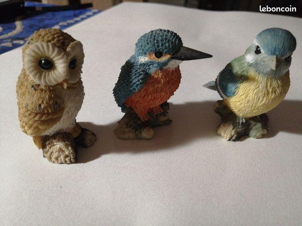 Lot de 3 statues d'oiseaux en résine
