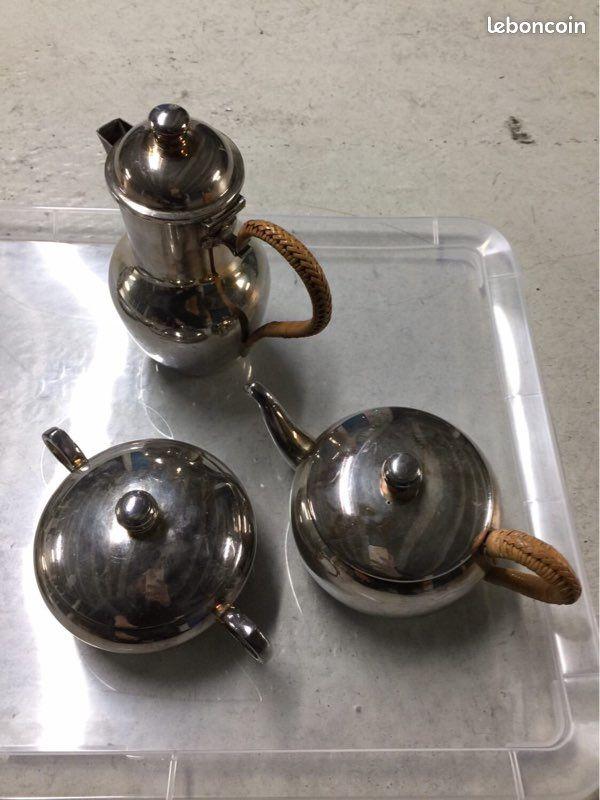 Service à thé et café argent et rotin