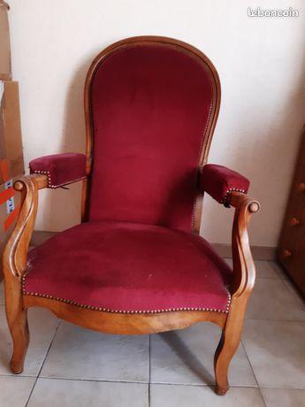 Exceptionnel fauteuil voltaire velours rouge avec dossier réglable