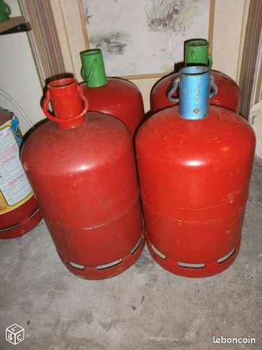 4 bouteilles gaz rouge pour consignes vides bricolage eure et loir. Black Bedroom Furniture Sets. Home Design Ideas