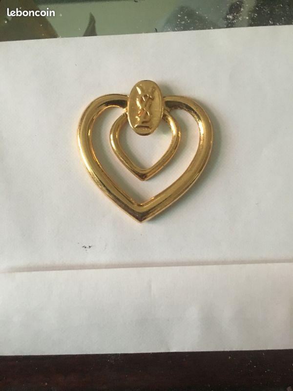 Pendentif ou anneau à foulard y.st laurent