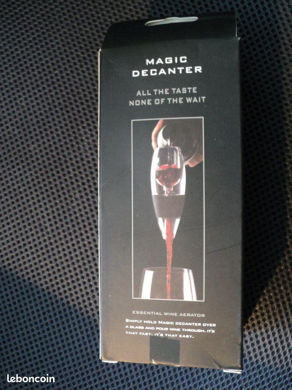 Décanteur à vin-aérateur à vin neuf remis paris /92 et 78