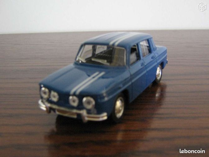 miniature de collection renault 8 gordini 1 43 collection manche. Black Bedroom Furniture Sets. Home Design Ideas