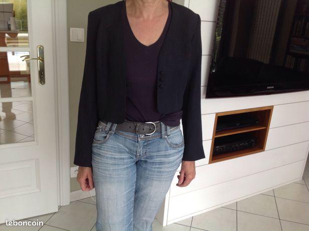 Veste courte noire Taille 40