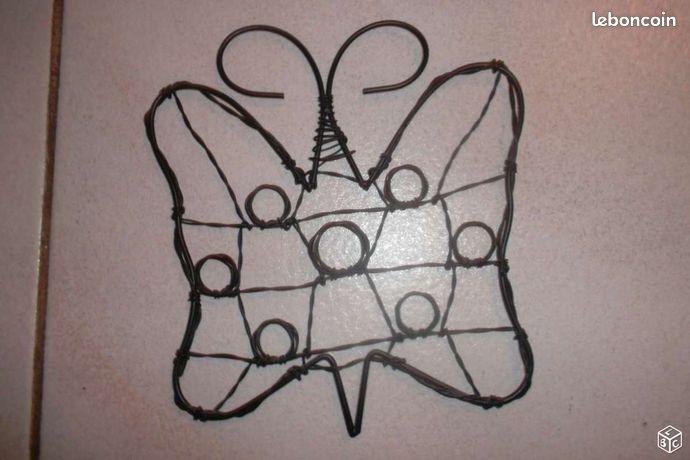 Papillon porte photo en métal noir - Villemoisson-sur-Orge - papillon 20 cm neuf métal noir  - Villemoisson-sur-Orge