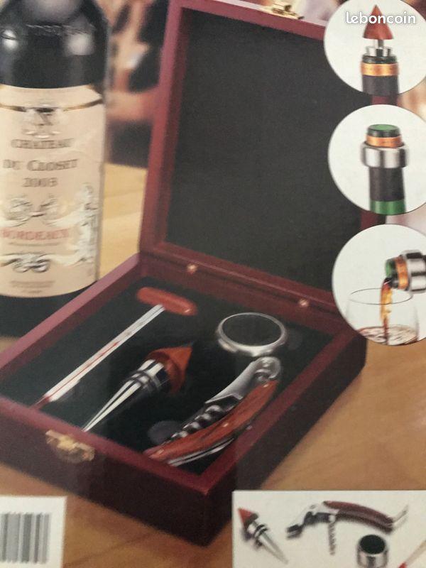 Set pour bouteille de vin