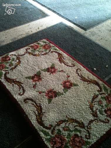 tres belle descente de lit tapis 2 d coration bouches du. Black Bedroom Furniture Sets. Home Design Ideas