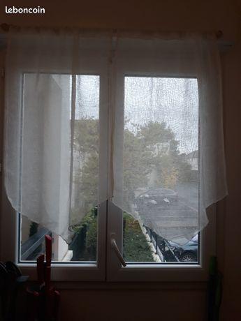 Tringles à rideaux et rideaux