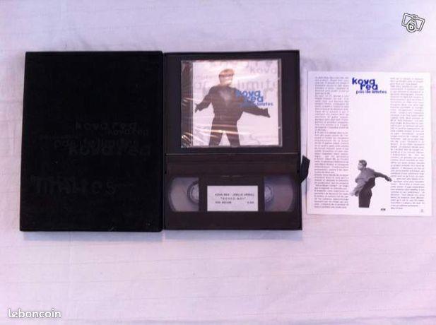"""Cd album promo de kova rea - Paris - Bonjour, je vends un beau coffret en velours noir de KOVA REA, objet rare de collection. Joli coffret promotionnel pour la sortie de l'album de KOVA REA """"PAS DE LIMITES """" VIDEO avec Joelle URSULL """"SERRE MOI"""" FICHE DESCRIPTIVE DE L'album CD ALBUM """" - Paris"""