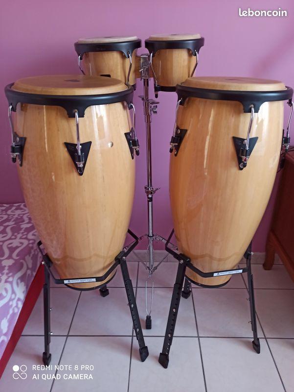 Percussions congas et bongos