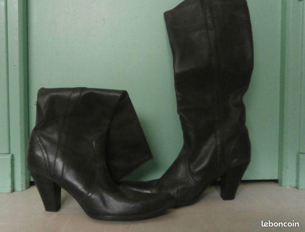 Bottes santiag cuir noir