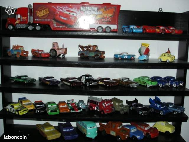 lot de 41 voitures miniatures cars mac do disney jeux jouets hauts de seine. Black Bedroom Furniture Sets. Home Design Ideas
