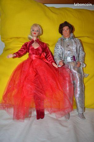 Barbie Divers: Barbie robe de soirée et Ken - Condrieu - Barbie Robe de soirée avec ken. Autres Barbie: Barbie La belle et la bête, Soirée avec Ken, cycliste avec vélo, et valise salon de coiffure sans la barbie. Pour voir les autres annonces Barbie et jeux divers Taper: DC69420 AUCUN ENVOI POSSI - Condrieu