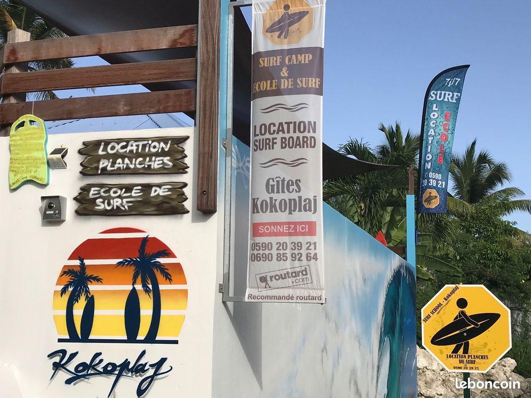 A 150m du spot de surf du helleux : promo cours de surf, location planches de surf