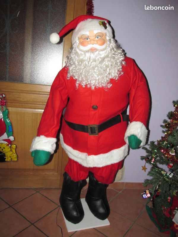 Figurine Pere Noel Musical Peluche Lumineuse Oulii Coussin Noel