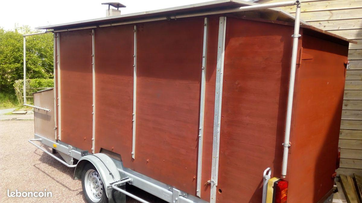 food truck remorque a vendre. Black Bedroom Furniture Sets. Home Design Ideas
