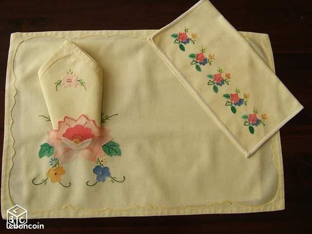 Set de table serviette et pochette linge de maison pas de calais - Pochette serviette de table ...