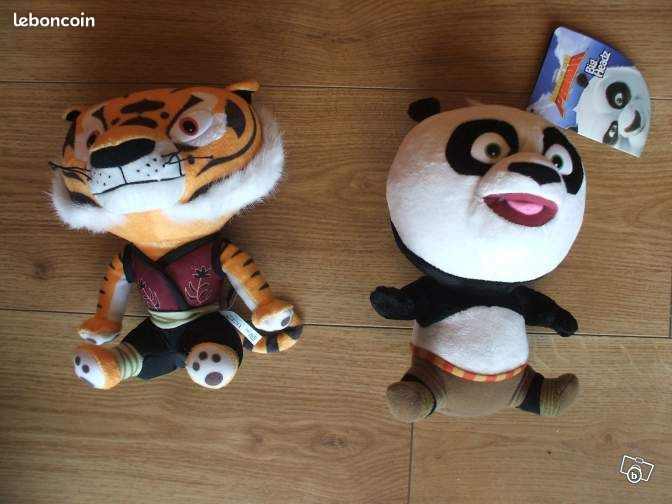 peluche disney kung fu panda tigresse jeux jouets vienne. Black Bedroom Furniture Sets. Home Design Ideas
