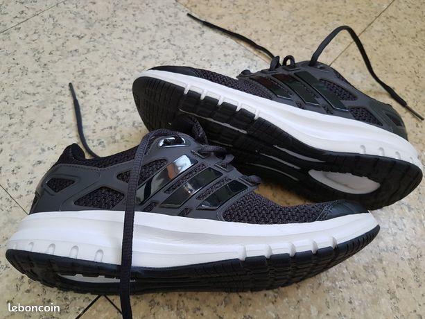 reputable site 8dfc5 85930 Chaussures occasion Seine-Saint-Denis - nos annonces leboncoin ...