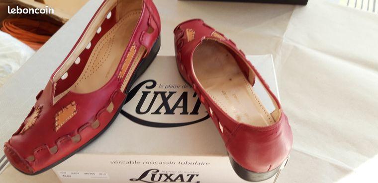 Chaussures plates femme fermées