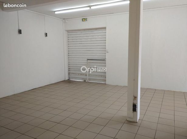Local commercial 90 m²