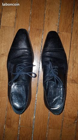 Chaussures de ville habillées en cuir taille 42 Minelli