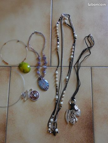 Lot de 5 bijoux fantaisie