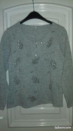 Tee shirt gris feuilles strass t.S