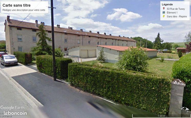 Vaucouleurs, beau T3 individuel, 88m2 avec jardin, garage et chalet