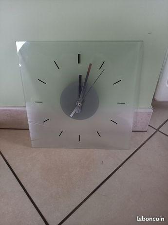 Horloge Pendule Et Reveil Transparent D Occasion Annonces Decoration Leboncoin Page 3