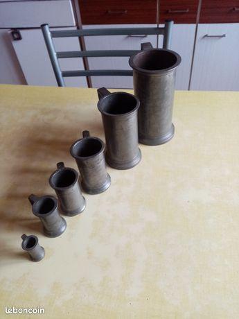 Lot de 6 pots en étain plomb